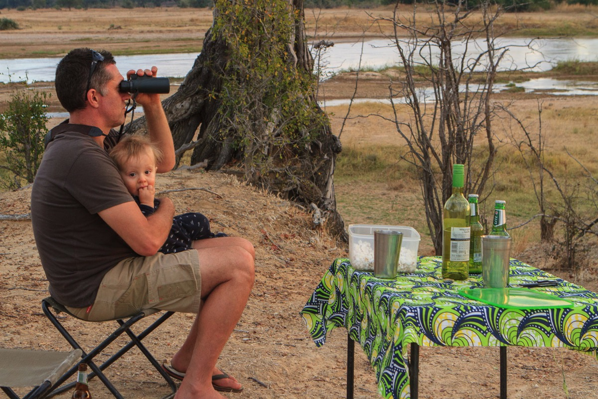 Zambie Parc National North Luangwa Buffalo Camp Sundowner