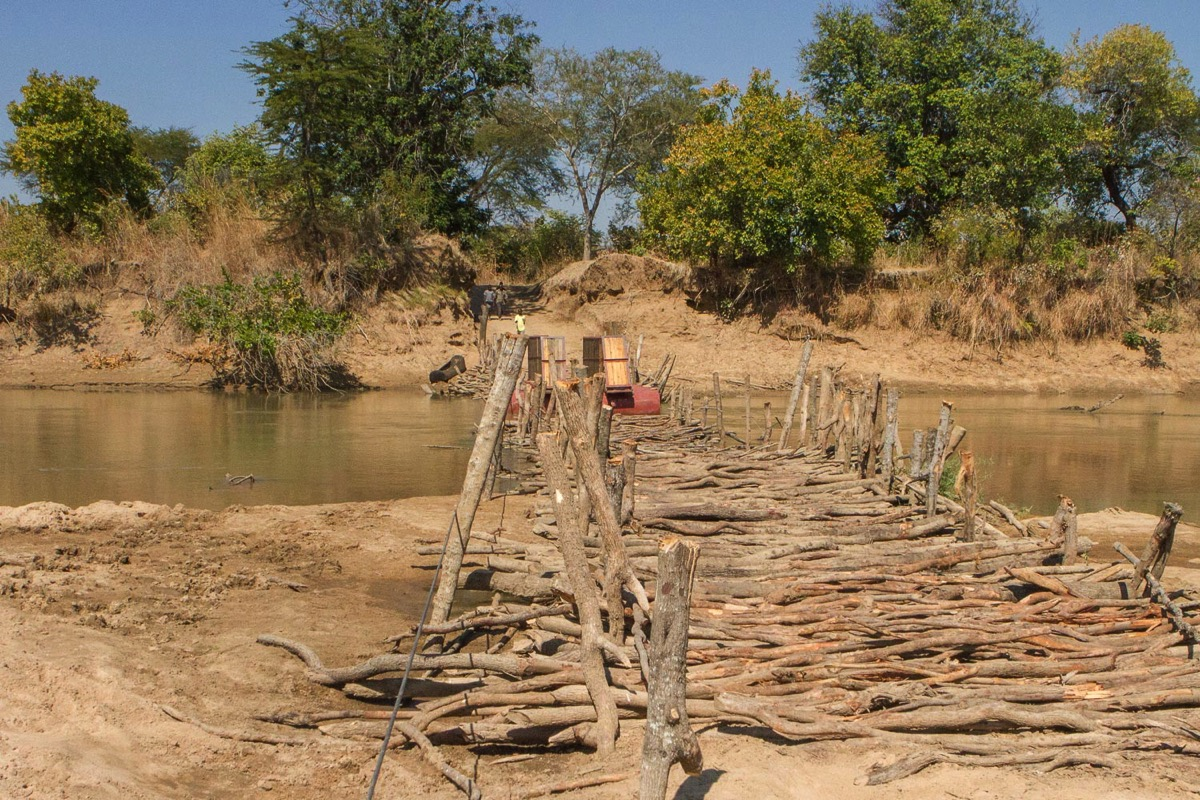 Road Trip North Luangwa: Passage Pont