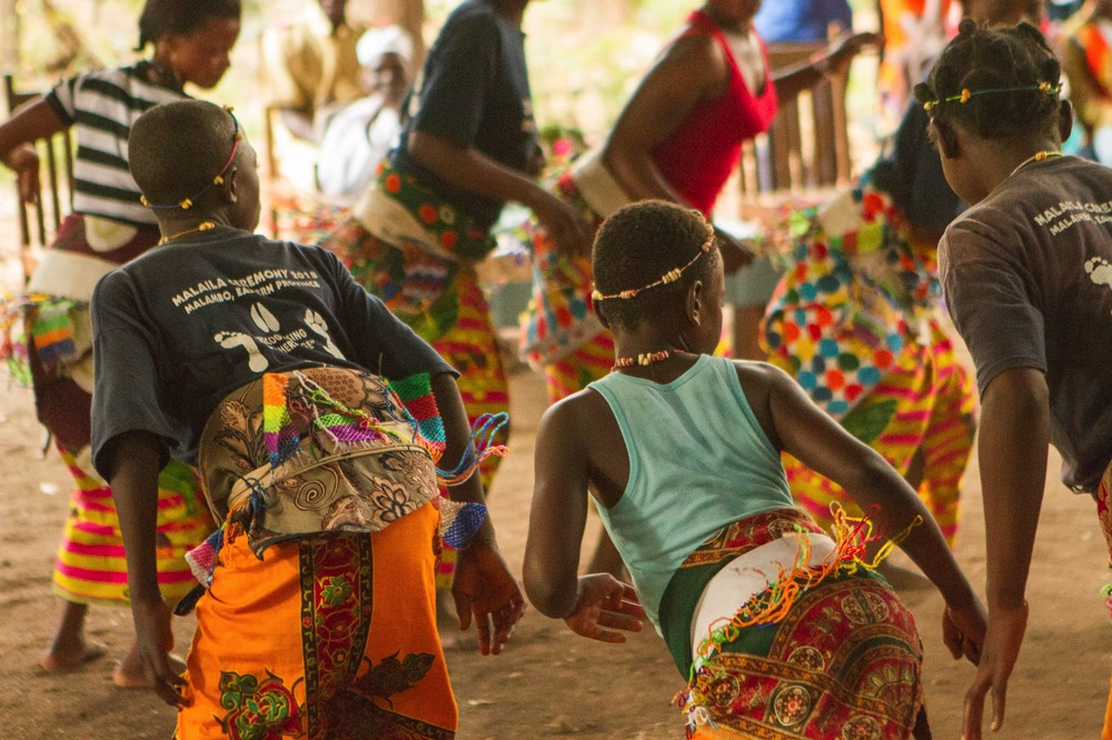 Zambie South Luangwa Tribal Textiles Family Day